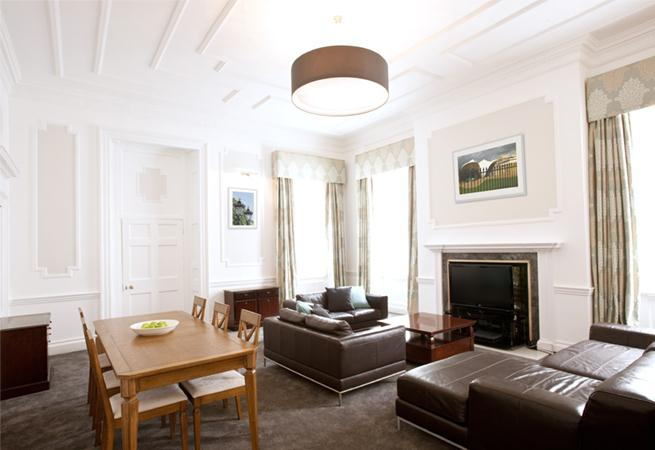 Harley Street House Apartments - Living Room