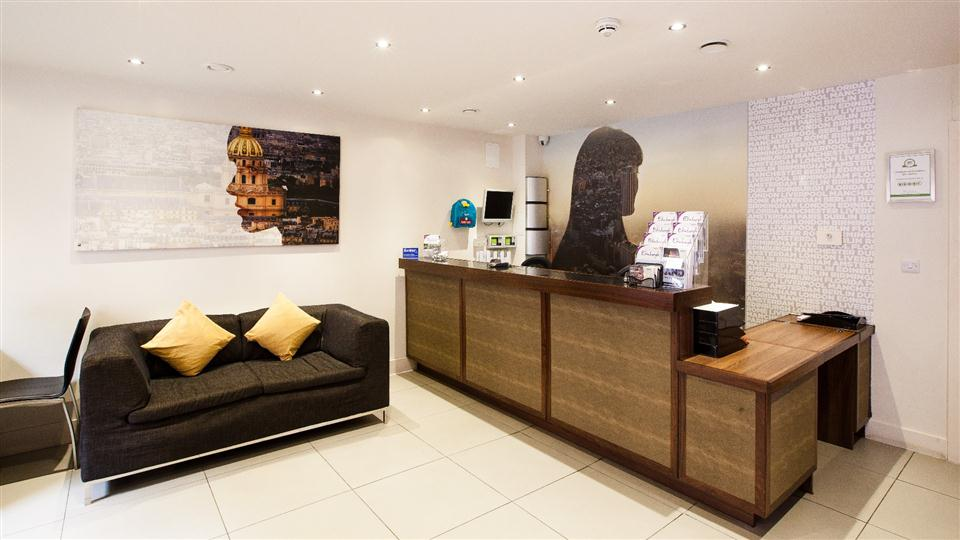Staycity Serviced Apartments Edinburgh - Reception