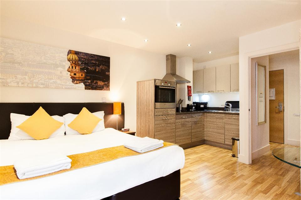 Staycity Serviced Apartments Edinburgh - Studio Apartment