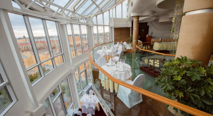 Ambassador Hotel-restaurant.jpg