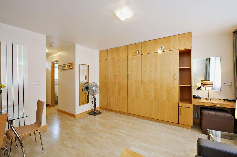 St Christopher's Place - Premium Studio Apartment