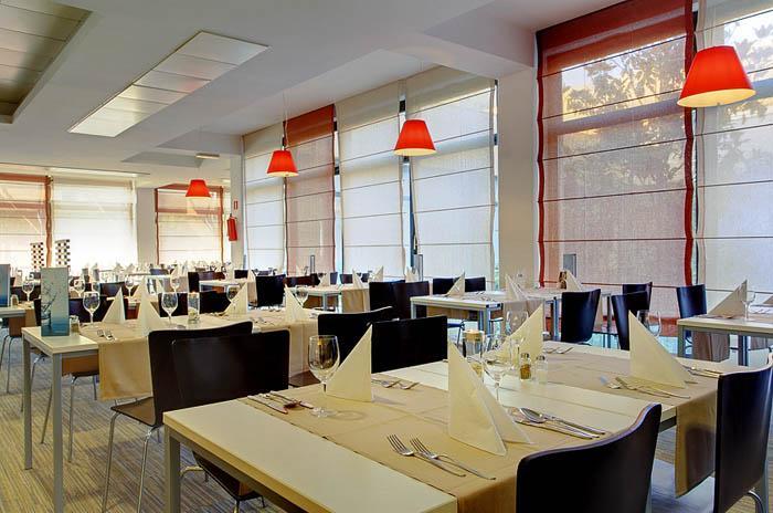 Pical hotel - Restaurant.jpg