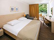 Valamar zaghreb -Standard double room + couch - parkview.jpg