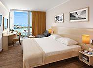 Valamar zaghreb -Superior double room + sofa - seaside.jpg