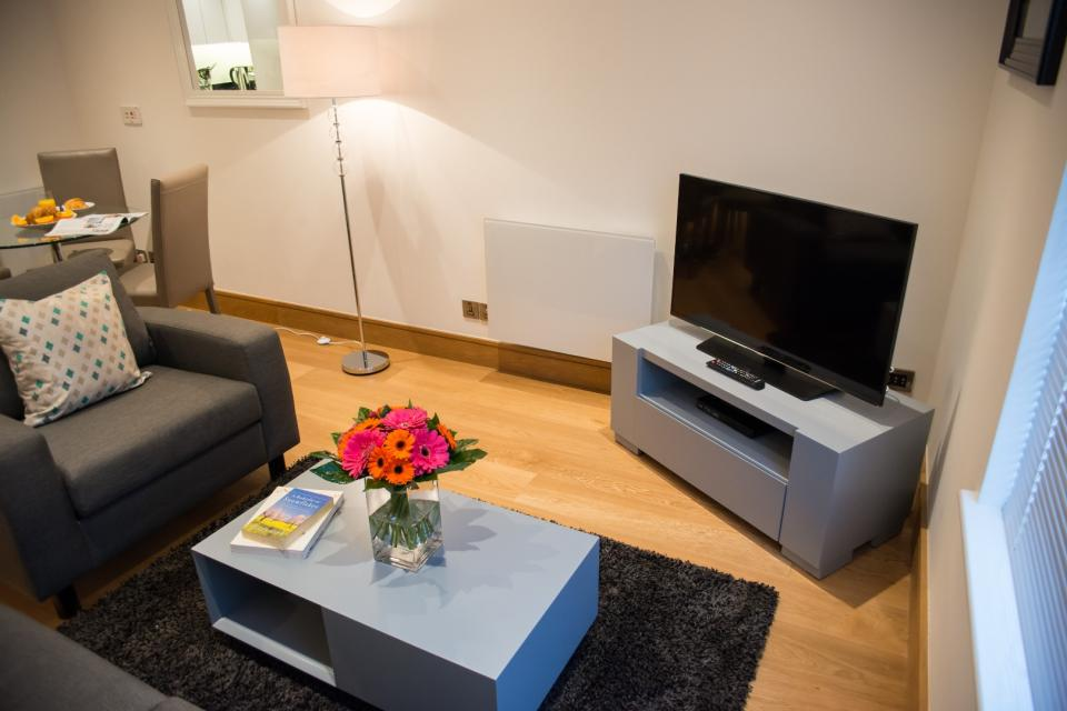 Clarendon Marylebone Apartments - One Bedroom Apartment Living and Dining Room