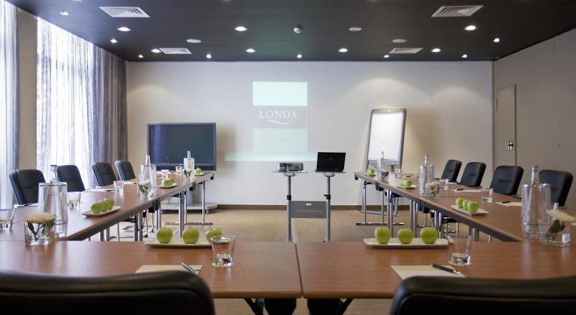 londa - meeting room.jpg