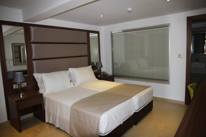 bella napa - double room.jpg