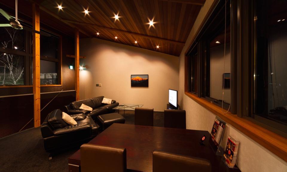 Hakuba Accommodation Phoenix Chalet 13