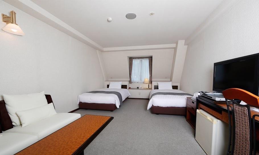 Hakuba Spring Hotel 3