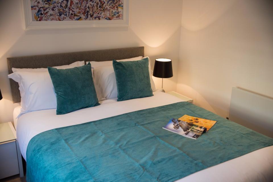 Clarendon Marylebone Apartments - One Bedroom One Bathroom Apartment - Bedroom
