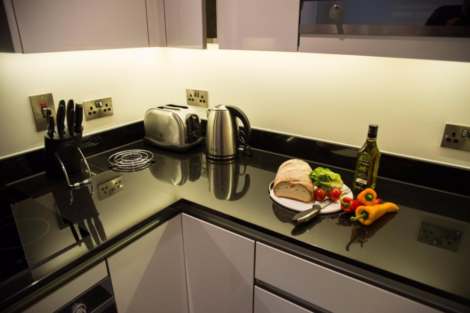 Clarendon Marylebone Apartments - Two Bedroom Two Bathroom Apartment - Kitchen
