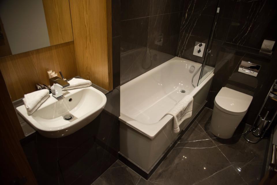 Clarendon Marylebone Apartments - Two Bedroom Apartment - Bathroom