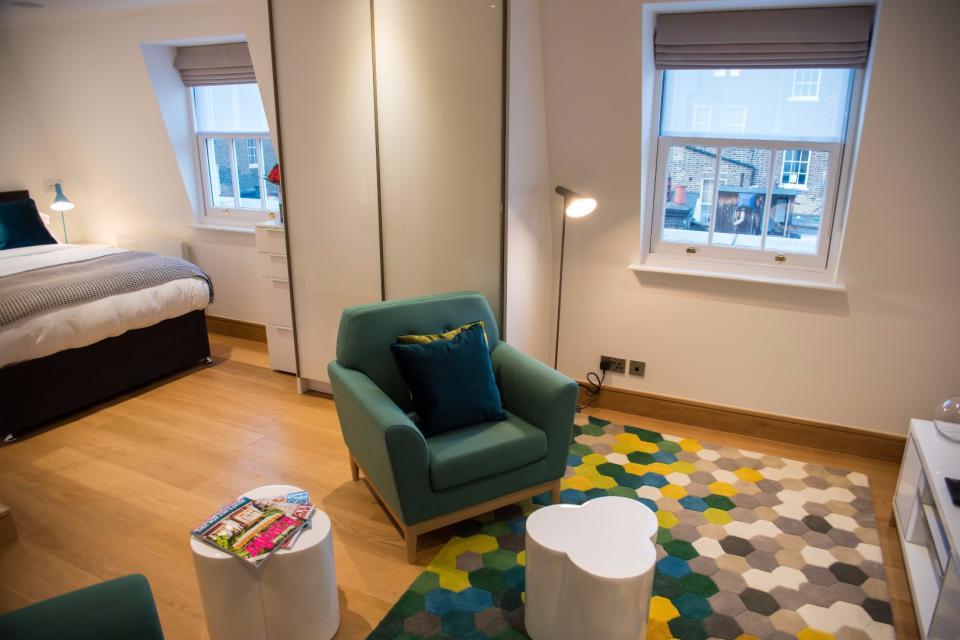 Clarendon Marylebone Apartments - Studio Apartment - Living Room