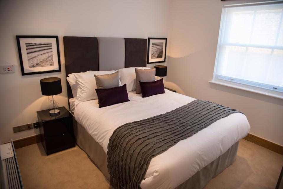 Clarendon Marylebone Apartments - Two Bedroom One Bathroom Apartment - Bedroom