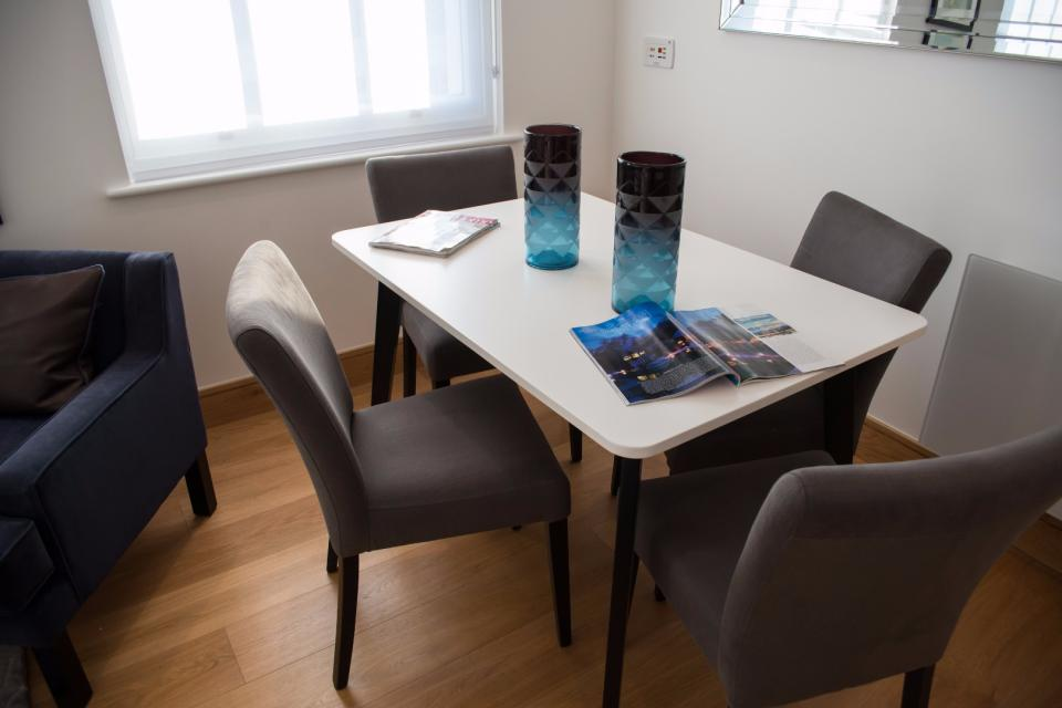 Clarendon Marylebone Apartments - Two Bedroom One Bathroom Apartment - Dining Room