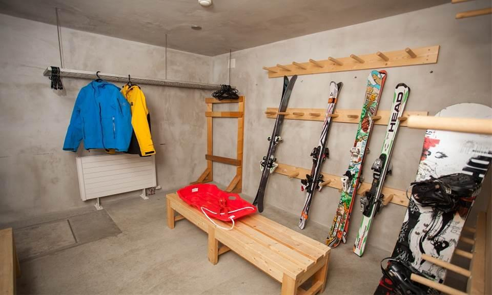 Niseko Accommodation Full Circle 8
