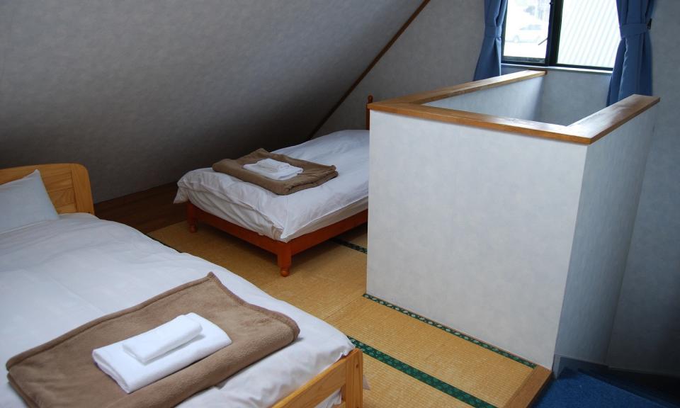 Hakuba Accommodation Alpine Chalets 3