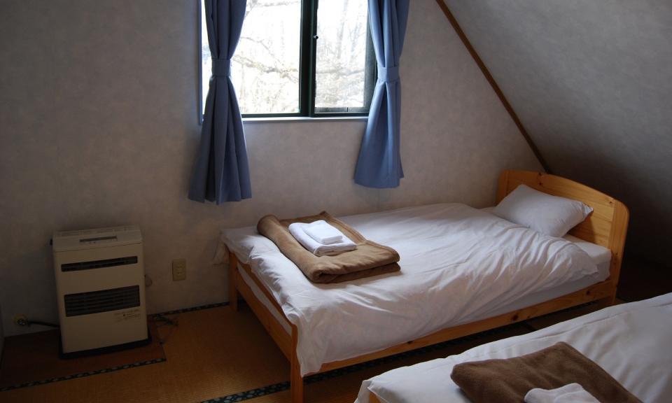 Hakuba Accommodation Alpine Chalets 8