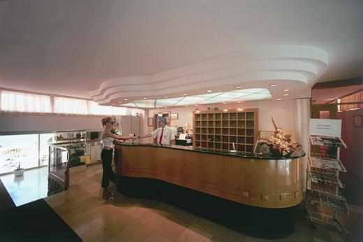 Splendid hotel - Reception.jpg