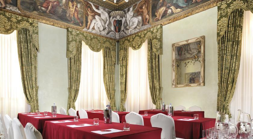 Hotel D'Inghilterra - Meeting room.jpg