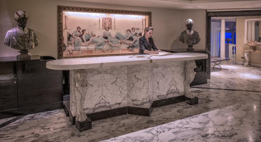Rome Cavalieri - Reception.jpg