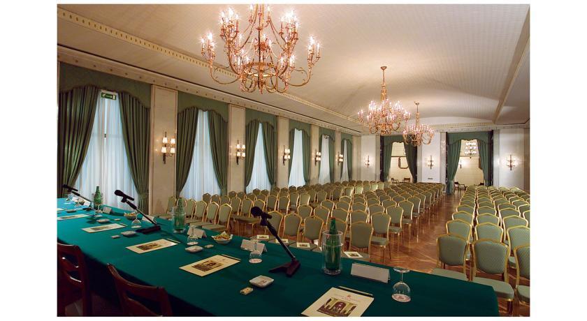 Quirinale - meeting room.jpg
