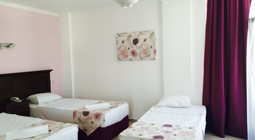 Gumbet Beach Resort - Triple room.jpg