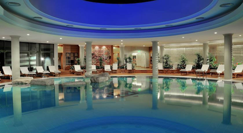 Gloria Golf - Indoor Swimming Pool.jpg