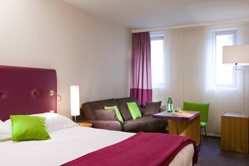 MERCURE-PARIS-MONTPARNASSE