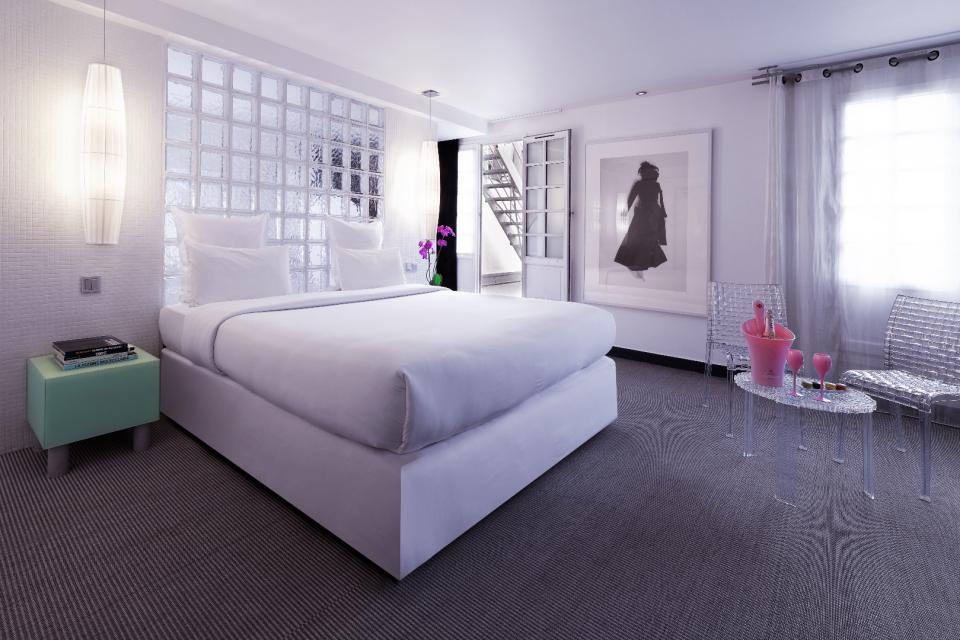 Hotel Paris Kube