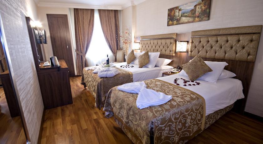 Aspen - Twin room.jpg