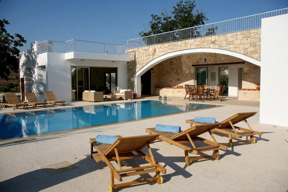 Villa Stephanos