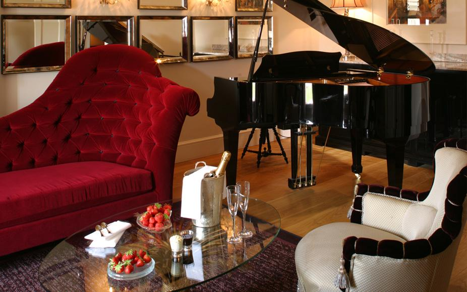 The Grove, London - 3 Nights Dinner, Bed & Breakfast, 3 Rounds