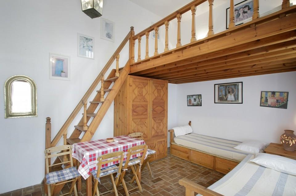 Melenos Apartments