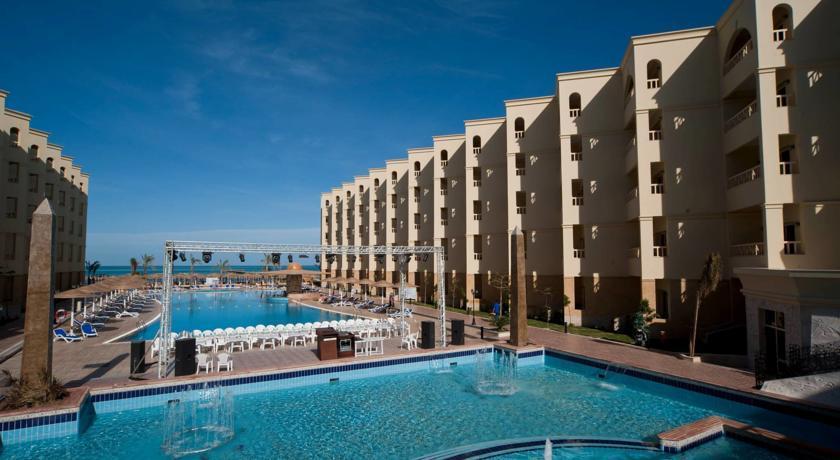 AMC Royal Hotel,GCC