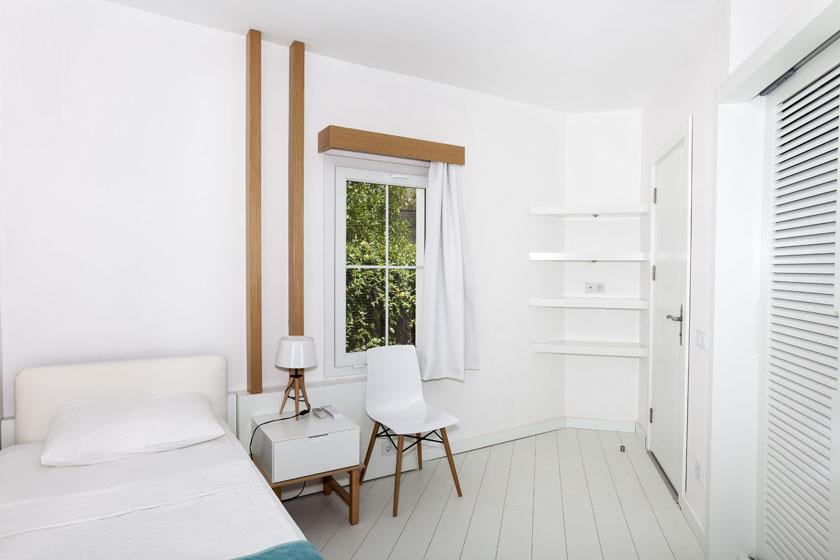 Vera Miramar Resort-Family Room
