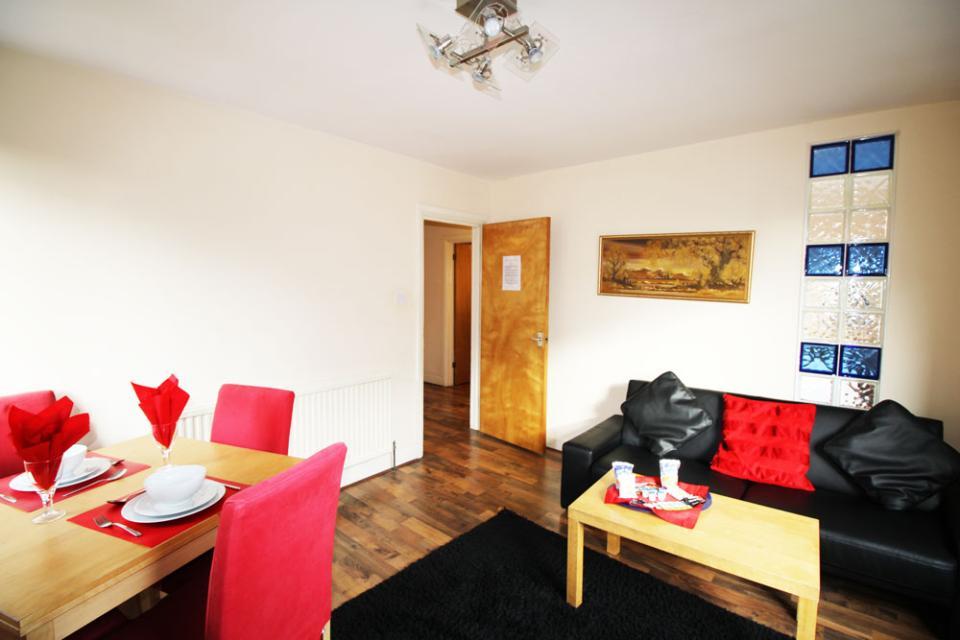 Croydon Serviced Apartments - Lounge