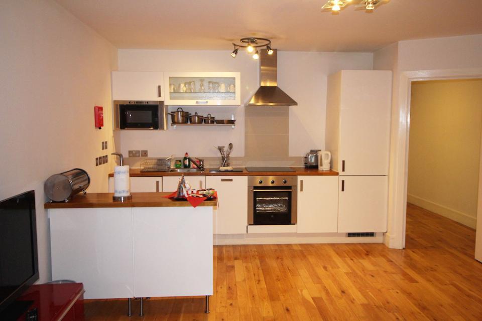 Croydon Serviced Apartments Kitchen
