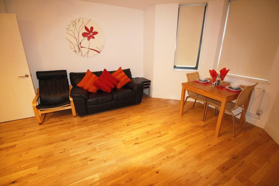 Croydon Serviced Apartments Lounge