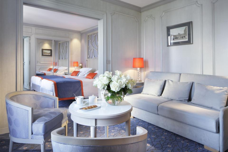 Splendid Etoil - Paris - Suite 608 Privilege Vue MD.jpg