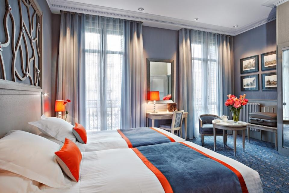 Splendid Etoil - Paris -Chambre Privile`ge Splend Etoile.jpg