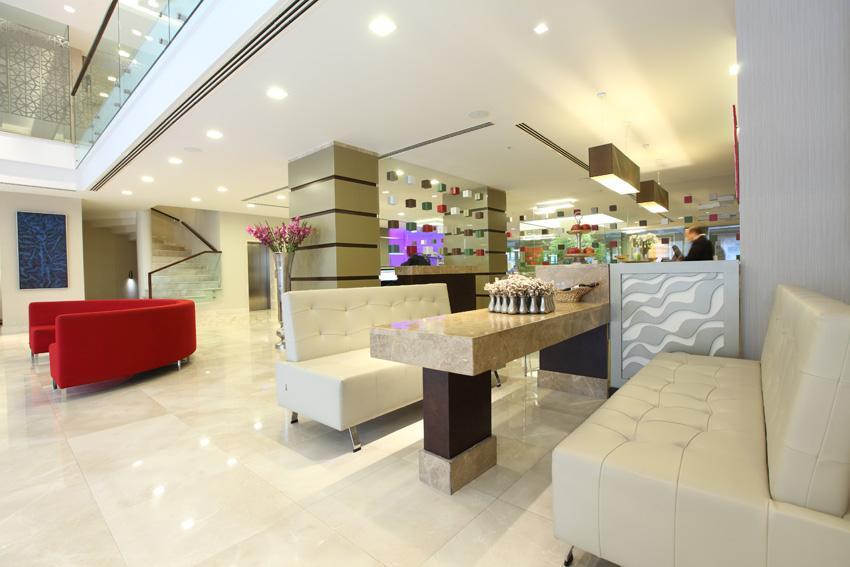 Ramada Plaza - Istanbul - Terrace cafe & Bar.jpg