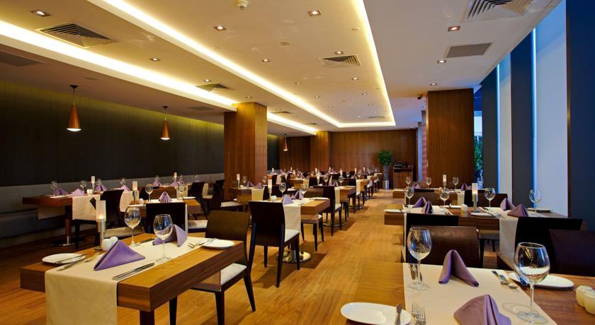 Crown Plaza Harbiye - Istanbul -Restaurant.jpg