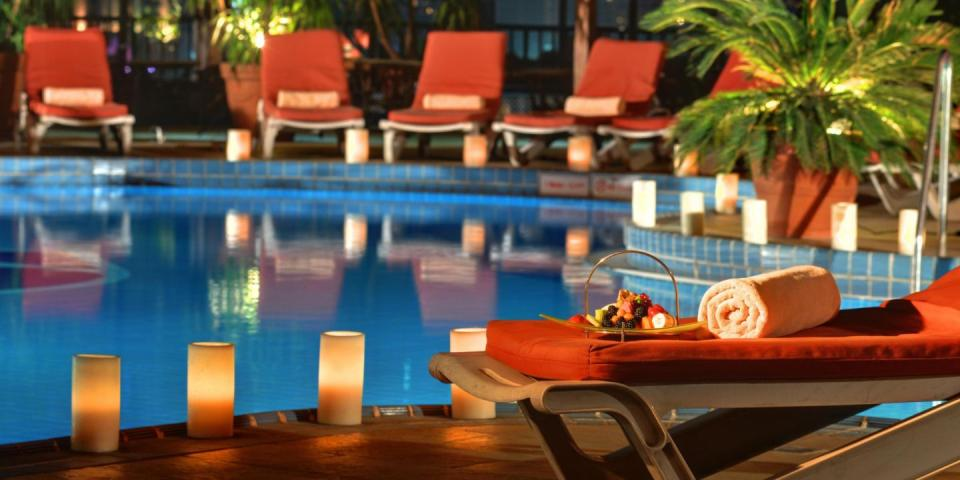 Intercontinental Semiramis - Cairo - Pool.jpg