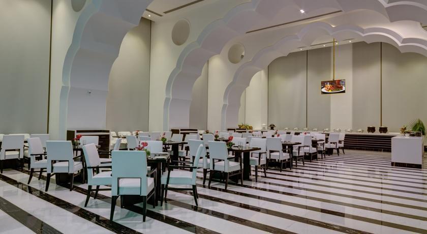 Ramada Plaza - Agra - Restaurant & Bar (4).jpg