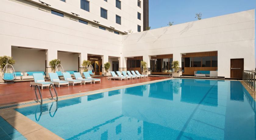Ramada Plaza - Agra -Pool (1).jpg