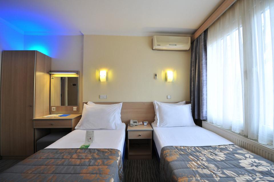 Olimpiyat Hotel - Istanbul - Room (1).jpg