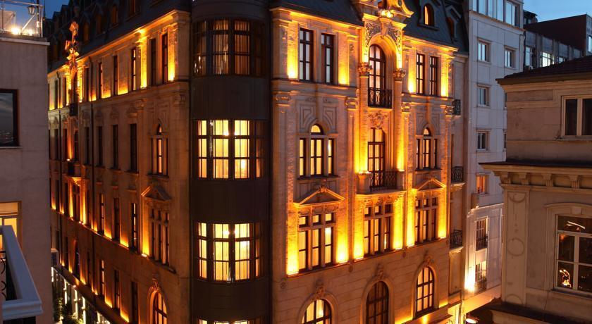 Palazzo Donizetti Hotel - Istanbul - Facade.jpg