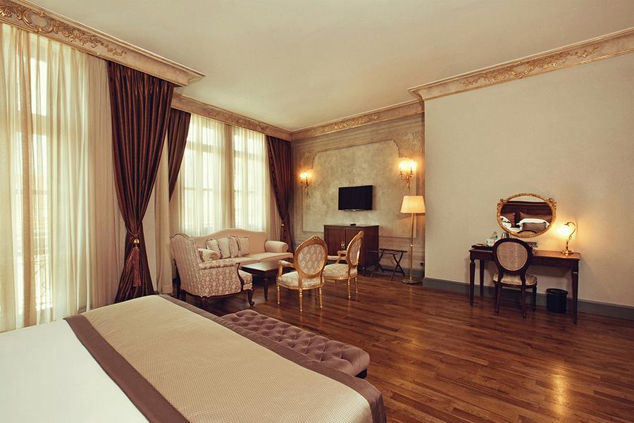 Palazzo Donizetti Hotel - Istanbul - Room (5).jpg