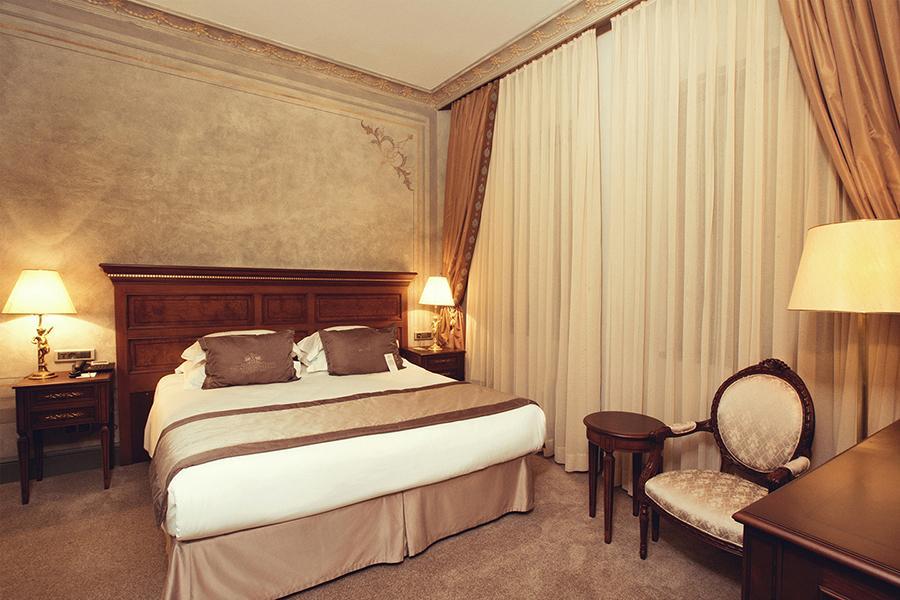 Palazzo Donizetti Hotel - Istanbul - Room (7).jpg